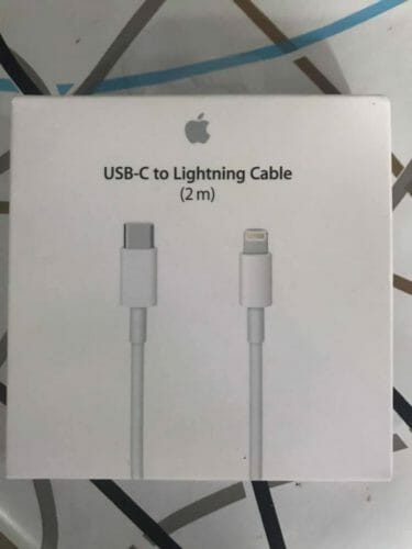 USB-C to Lightning Cable (2 m) photo review