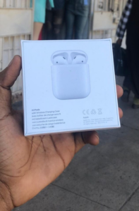 AirPods (2nd generation) photo review